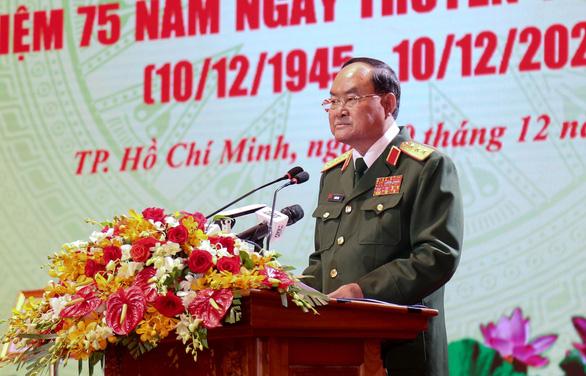 Lực lượng vũ trang Quân khu 7 nhận Huân chương Bảo vệ Tổ quốc hạng nhất - Ảnh 2.