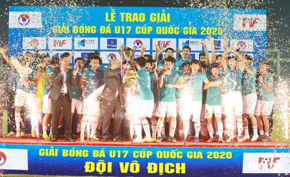 PVF vô địch U17 Cúp quốc gia 2020 sau trận đấu kịch tính với Viettel - Ảnh 1.