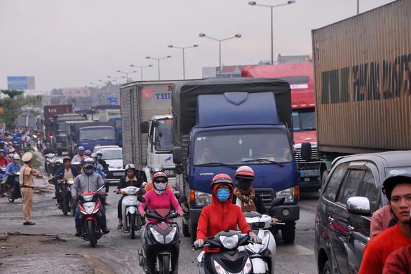 Thủ tướng xem xét các kiến nghị thúc đẩy kết nối hạ tầng vùng Đông Nam Bộ - Ảnh 2.