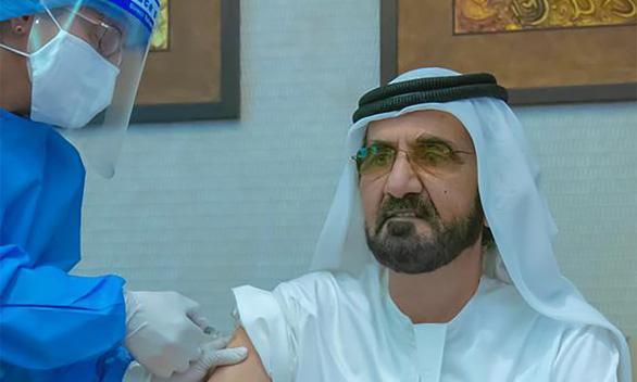 Vắc xin Trung Quốc hiệu quả 86%, lãnh đạo UAE tiêm công khai - Ảnh 1.