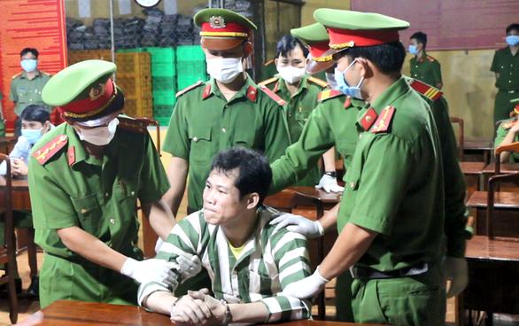 Tử hình kẻ đập đầu người nhậu chung tử vong rồi vào tù tiếp tục giết người - Ảnh 1.