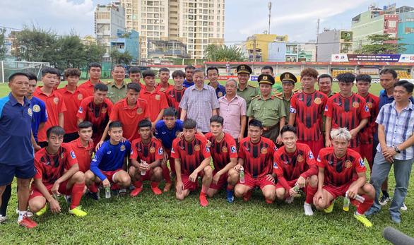 Giải hạng nhất 2021: Gia Định được phép rút, đội CAND được thay vào - Ảnh 2.