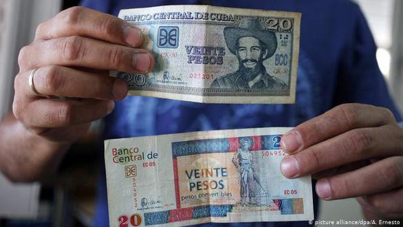 Cuba chấm dứt hệ thống 2 loại tiền tệ tồn tại gần 30 năm - Ảnh 1.