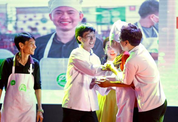 Vinh danh 10 Hoa Hồi Vàng - người nấu phở ngon năm 2020 - Ảnh 6.