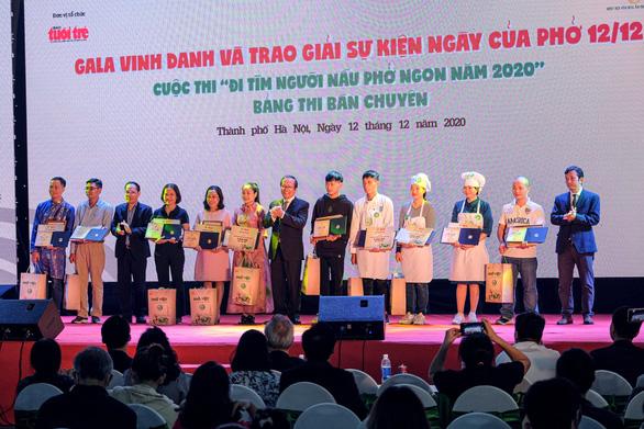Vinh danh 10 Hoa Hồi Vàng - người nấu phở ngon năm 2020 - Ảnh 7.