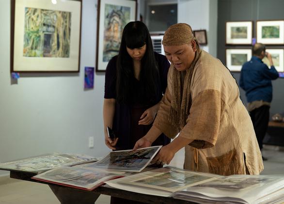 Họa sĩ Hà Hùng Dũng mang 'Của để dành' đi triển lãm, đấu giá từ thiện - Ảnh 2.