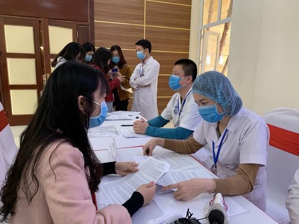 Thêm 4 ca bệnh COVID-19 mới tại Việt Nam, thế giới xấp xỉ 72 triệu ca - Ảnh 1.