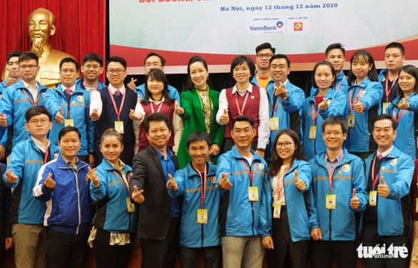 Tài năng trẻ Việt: Đừng vì nữ nộp hồ sơ mà định kiến, không cho họ thăng tiến - Ảnh 1.