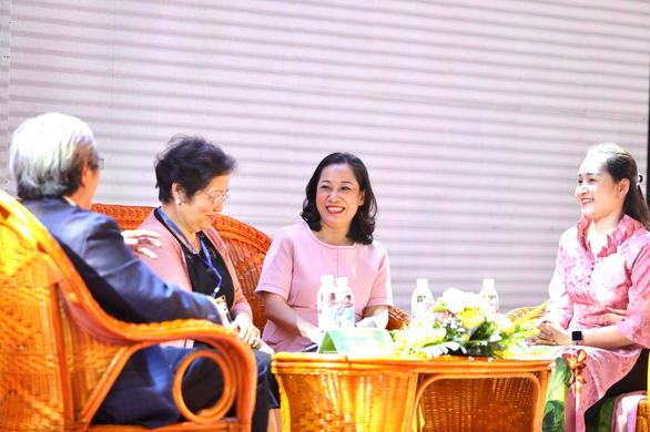 Phở - đại sứ gắn kết mẹ chồng nàng dâu, vun đắp tình yêu vợ chồng, mẹ con - Ảnh 1.