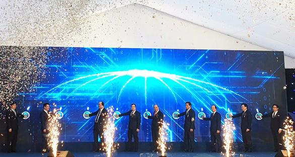 Thủ tướng nhấn nút khởi công khu công nghiệp gần 3.900 tỉ tại Thái Bình - Ảnh 1.