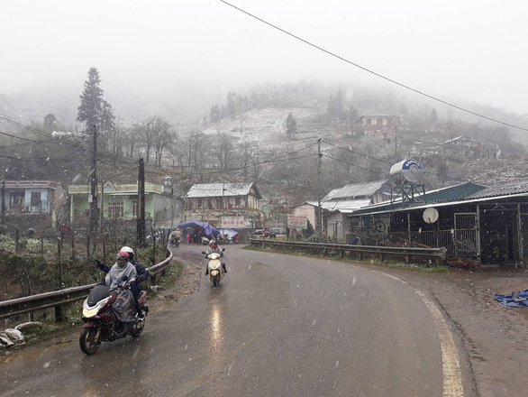 Miền Bắc đón đợt rét đậm đầu tiên năm nay, vùng núi có thể có băng giá - Ảnh 1.