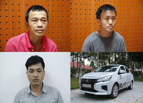 Công an 3 tỉnh phối hợp bắt nhóm lái ôtô trộm xe máy liên tỉnh - Ảnh 1.