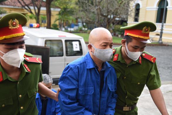 Xét xử ông Đinh La Thăng và 19 đồng phạm gây thất thoát 725 tỉ đồng - Ảnh 6.