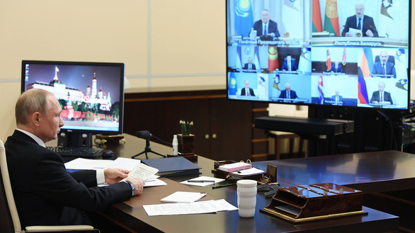 Điện Kremlin bác tin Tổng thống Putin trốn trong boongke để tránh COVID-19 - Ảnh 1.