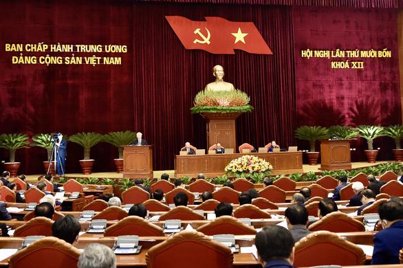 Trung ương giới thiệu nhân sự tham gia Bộ Chính trị, Ban Bí thư khóa XIII - Ảnh 2.