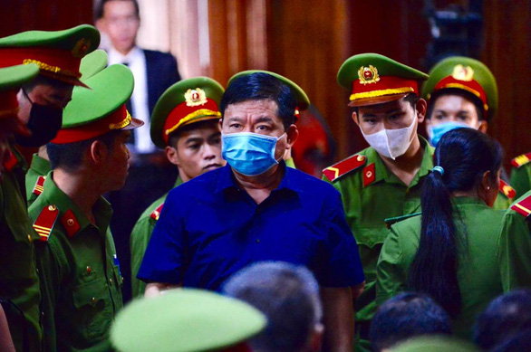 Xét xử ông Đinh La Thăng và 19 đồng phạm gây thất thoát 725 tỉ đồng - Ảnh 1.