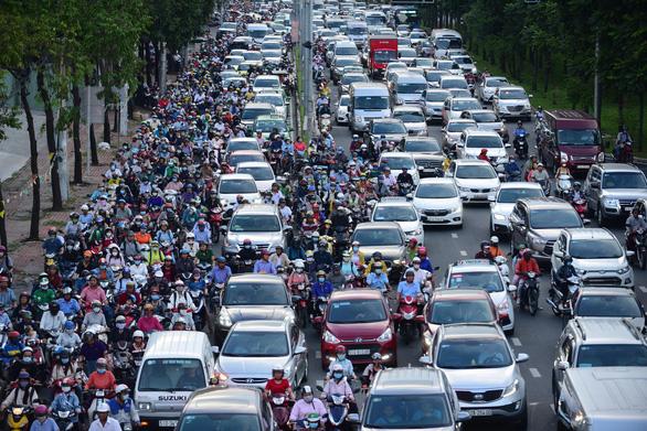 Không để ùn tắc giao thông kéo dài trên 30 phút ở Hà Nội, TP.HCM - Ảnh 1.