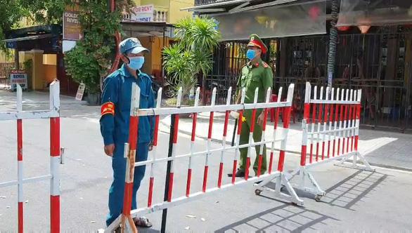 COVID-19 ảnh hưởng tiêu cực đến việc thụ hưởng quyền con người ở Việt Nam - Ảnh 1.
