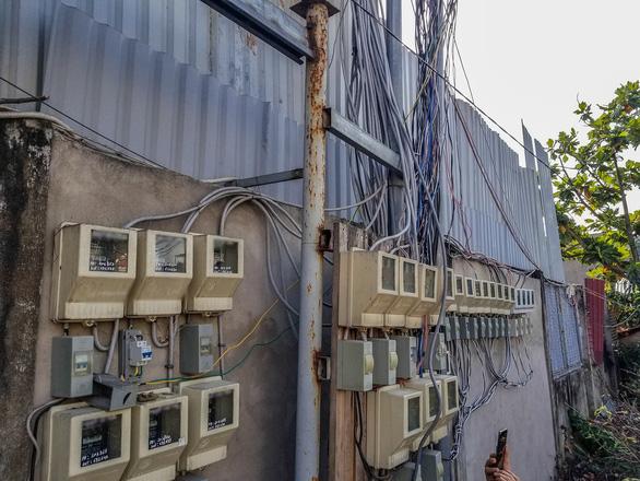 TP.HCM: Tháo dỡ 38 căn nhà xây dựng trái phép ở phường Hiệp Bình Chánh - Ảnh 4.