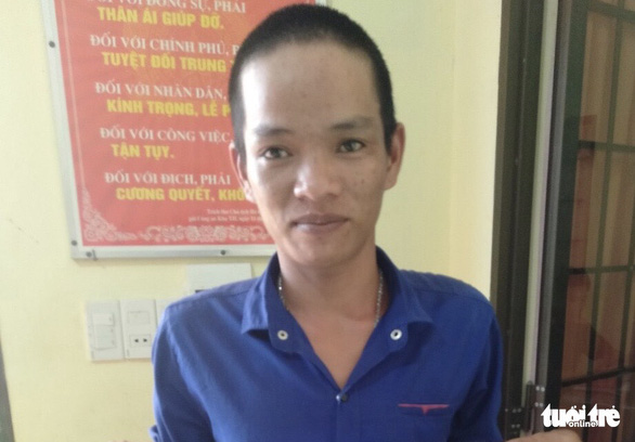 Bắt thanh niên nghiện ma túy kề dao vào cổ bé gái 15 tuổi cướp điện thoại - Ảnh 1.