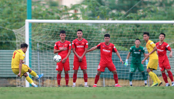 HLV Park Hang Seo triệu tập 24 cầu thủ đội tuyển U22 Việt Nam - Ảnh 1.
