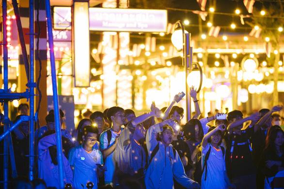 Cát Tường Group - rộn rã nhịp sống mùa lễ hội - Ảnh 2.