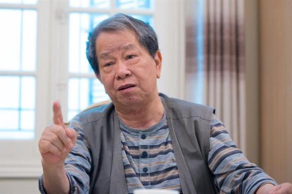 Chuyên gia kinh tế Nguyễn Trần Bạt qua đời - Ảnh 1.