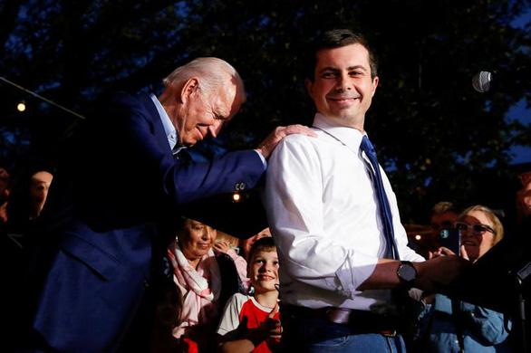 Ông Biden chọn bộ trưởng giao thông vận tải và bộ trưởng năng lượng - Ảnh 1.