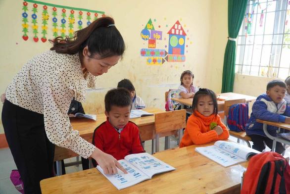 Thú vị giờ học giáo dục địa phương: Học trò được ra vườn cà phê, trồng rau, hát quan họ... - Ảnh 4.