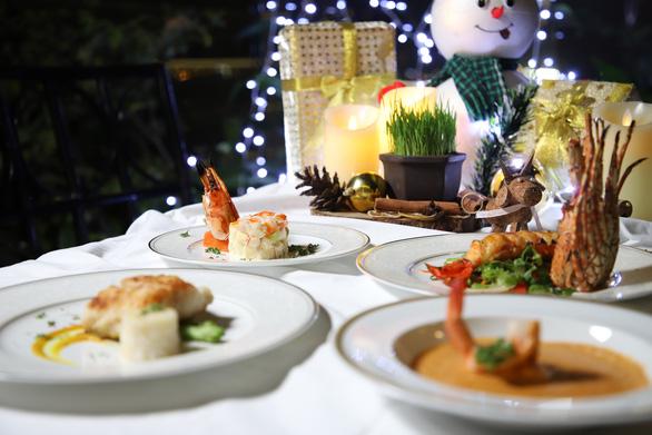 Các khách sạn thuộc Saigontourist Group khuyến mãi 'khủng' đón Giáng sinh và năm mới - Ảnh 2.