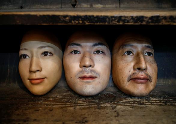 Mặt nạ người 3D thật đến rợn người giá 950 USD ở Nhật - Ảnh 1.