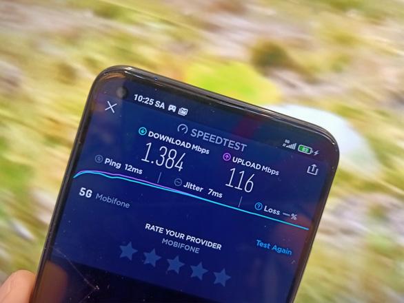 MobiFone phát sóng 5G miễn phí cho người dùng TP.HCM trải nghiệm - Ảnh 1.