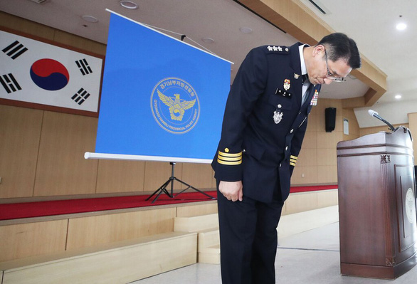 Kẻ giết người hàng loạt thú tội, người đàn ông Hàn Quốc trắng án sau 20 năm tù - Ảnh 1.
