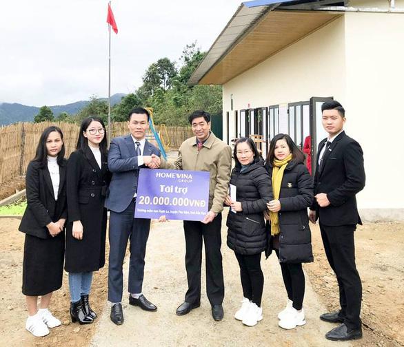 Homevina Group: Chắp cánh ước mơ đến trường cho các em nhỏ vùng cao - Ảnh 1.