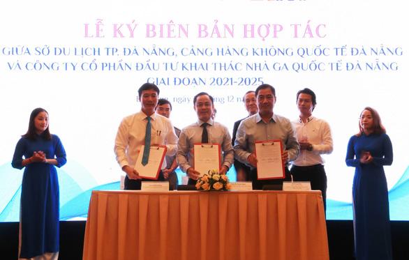 Ngành du lịch và hàng không Đà Nẵng hợp tác khôi phục đường bay - Ảnh 1.