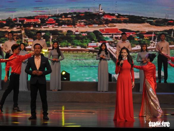 Mỹ Linh, Tùng Dương, Khánh Linh hát về biển, đảo - Ảnh 3.