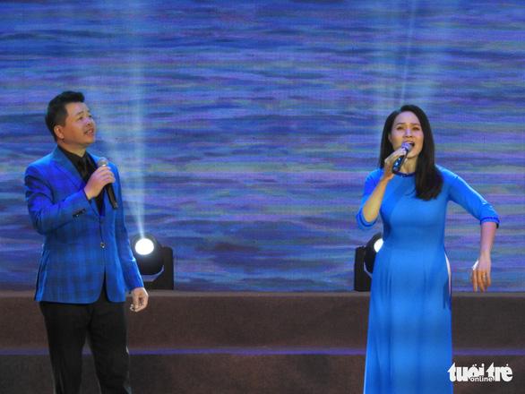 Mỹ Linh, Tùng Dương, Khánh Linh hát về biển, đảo - Ảnh 4.
