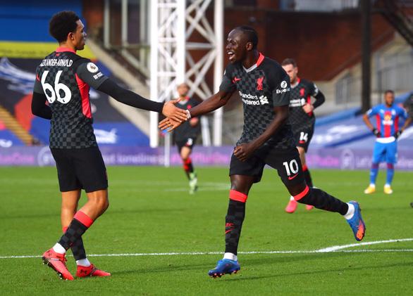 Đại thắng Crystal Palace 7-0, Liverpool gia tăng khoảng cách với Tottenham - Ảnh 2.