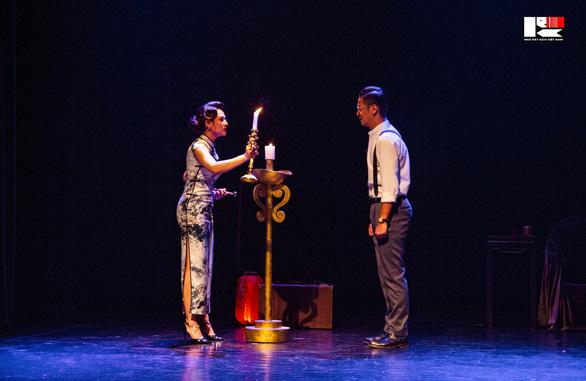Việt Hoa 'Đào đanh đá' nhận huy chương vàng Tài năng trẻ diễn viên kịch nói toàn quốc - Ảnh 3.