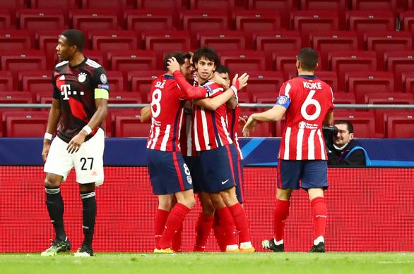 Bayern ngáng chân Atletico Madrid giành vé sớm vào vòng knock-out - Ảnh 2.