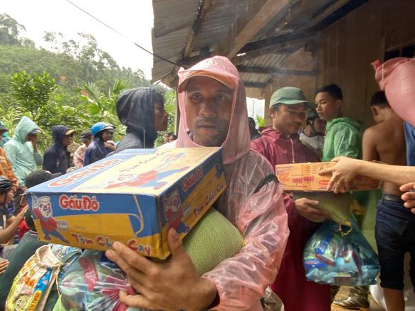 Huyện Nam Trà My tạm dừng đón các đoàn từ thiện thăm, tặng quà cho người dân  - Ảnh 1.