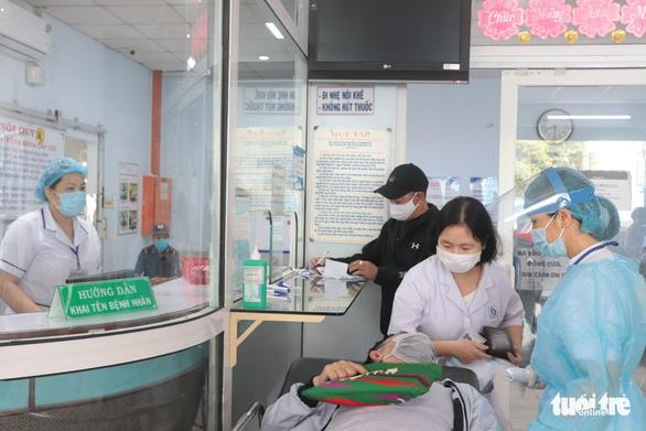 Thêm 2 ca COVID-19 tại Bình Thuận và Đà Nẵng, cách ly ngay khi nhập cảnh - Ảnh 1.