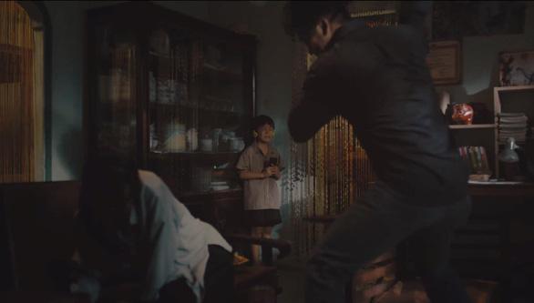 Phim ngắn Vòng lặp: Khi bạo lực gia đình hủy hoại tâm hồn trẻ em - Ảnh 2.
