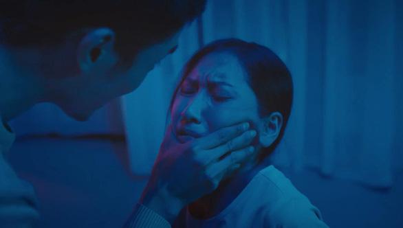 Phim ngắn Vòng lặp: Khi bạo lực gia đình hủy hoại tâm hồn trẻ em - Ảnh 3.