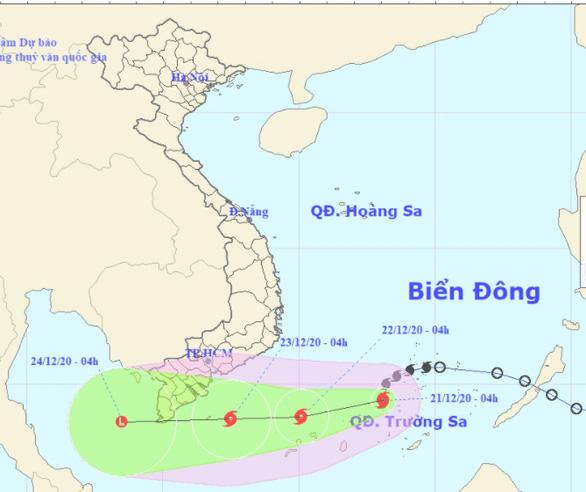 Tâm bão số 14 cách Huyền Trân 280km, biển phía Nam sóng 5m - 8m - Ảnh 1.