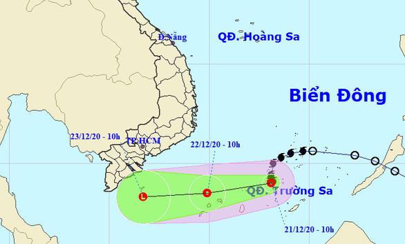 Bão suy yếu thành áp thấp nhiệt đới, miền Nam mưa - Ảnh 1.