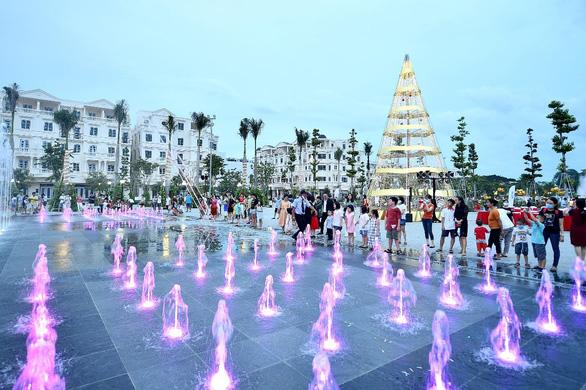 Khánh thành quảng trường nhạc nước 15.000m2 - Thêm điểm giải trí mới tại TP.HCM - Ảnh 3.