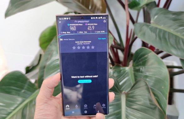 Samsung Note20 Ultra 5G đầu tiên của Việt Nam đã chạy trên mạng 5G Viettel. - Ảnh 1.