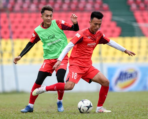 Trực tuyến U22 Việt Nam - U22 Tajikistan (21h): Thử nghiệm cho vòng loại U23 châu Á 2022 - Ảnh 1.