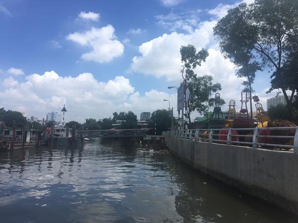 TP.HCM hoàn thành 2 công trình kè chống sạt lở bờ sông - Ảnh 2.